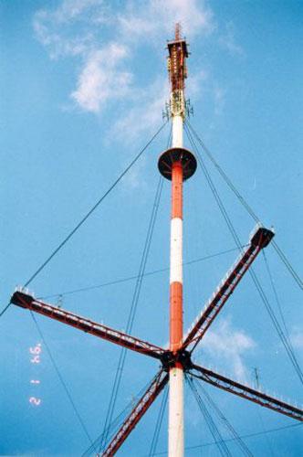 монтаж фидера антенны на мачте